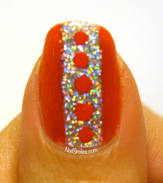 Super Sparkle Thumb With Dots